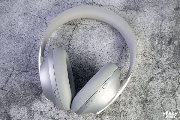 索尼WH-1000XM4与Bose 700无线智能降噪耳机对比测评