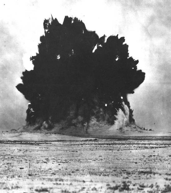 用核武器来灭火苏联和平使用核武器的100种方式