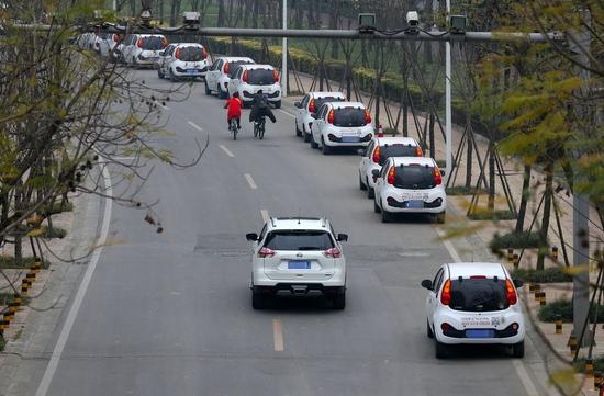 租车出游变囧途有人险些把命搭进去两万多条投诉全是血和泪