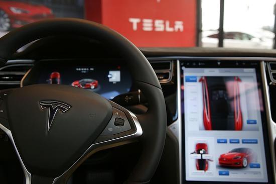 加州机动车管理局调查特斯拉是否违规虚假宣传自动驾驶
