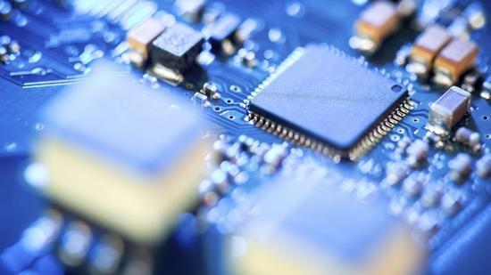美参议员提议拨款520亿美元促进芯片生产和研究